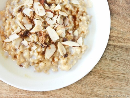 Almond and oats porridge