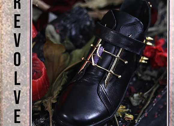 Revolver Noir Sneakers