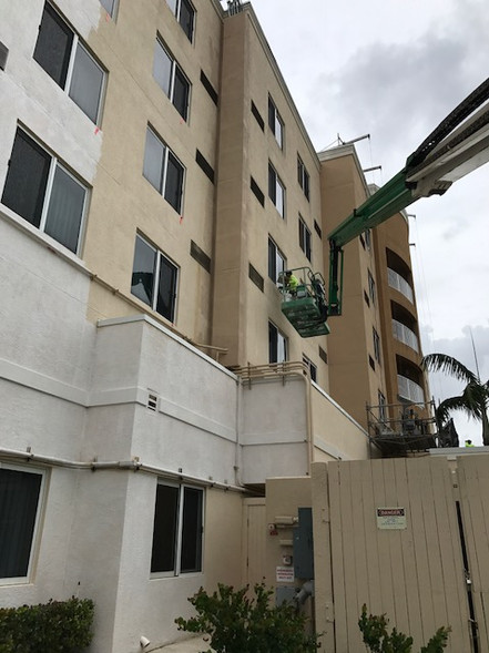 Courtyard by Marriott Exterior Hotel Renovation During