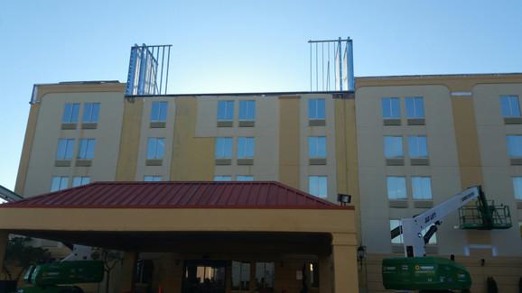 La Quinta Exterior Hotel Renovation During