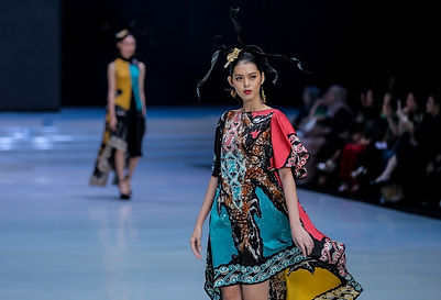 p_1522240938c5b-gee-batik-indonesia-fash