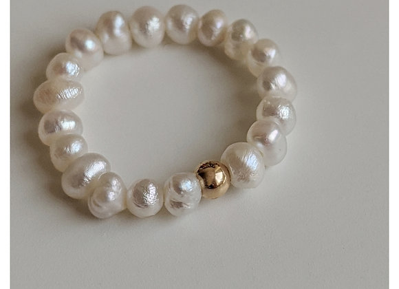 Gold Orb Pearl Ring