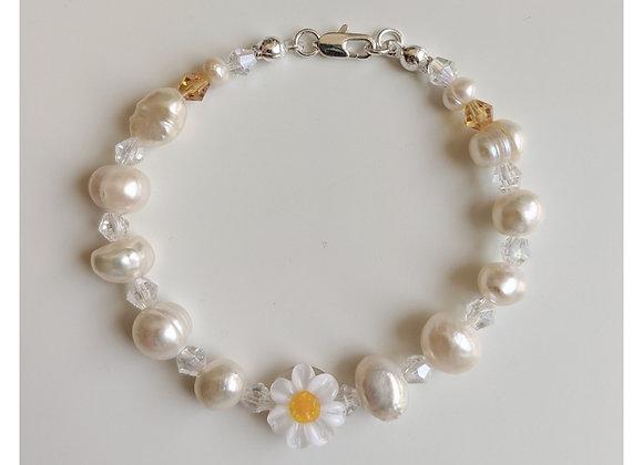 Crystal's Daisy Bracelet