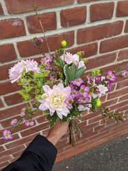 Summer Subscription Bouquet - Monochrome designers choice