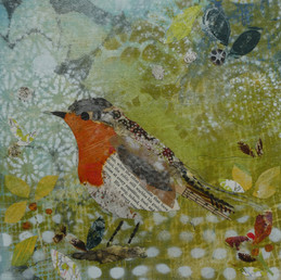 Robin in the bushes - 25cms.JPG