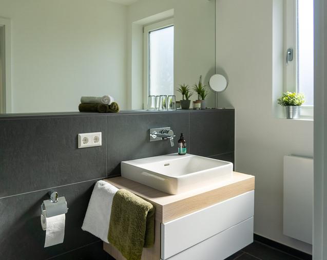 Badezimmer_modern.jpg