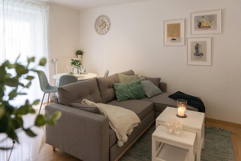 Wohnbereich_weiße Möbel.jpg