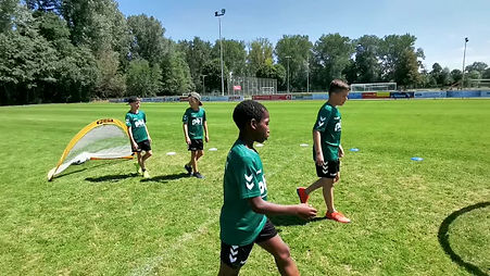 Tag 4 beim METZ-CONNECT-FUSSBALL-FREESTYLE-CAMP
