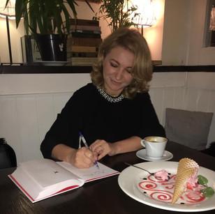 Чтения и автографсессия