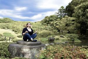 https://pixabay.com/en/meditation-japanese-garden-sky-2528540/