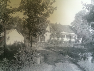 The Crumps' Home in Maine Where Judge Alexander Searched for Linda's Body