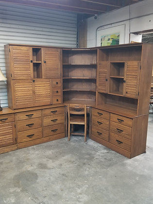 Large Brandt Ranch Oak Wood Corner Desk / Dresser w/ Matching Chair
