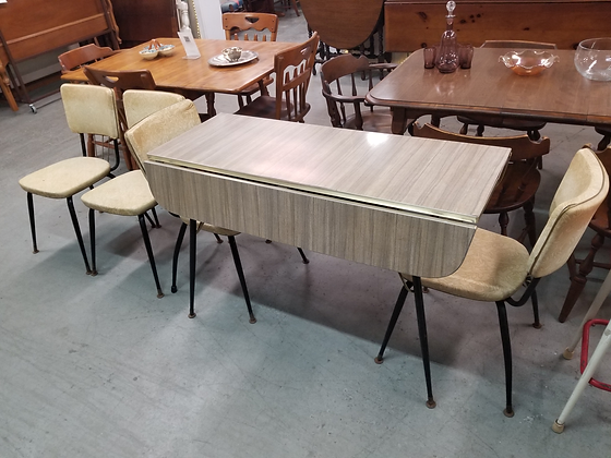 Retro Drop Leaf Formica Top Dining Table w/ Four Chairs