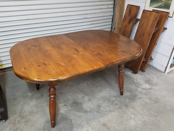 Country Dark Pine Wood Dining Table w/ Three Leaves