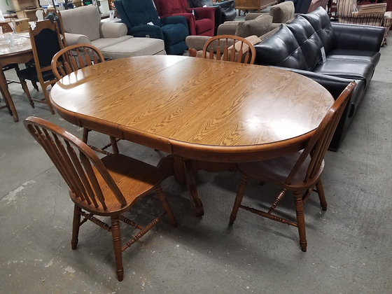 Oak Wood Dining Table with Four Slat Back Chairs & Two Leaves