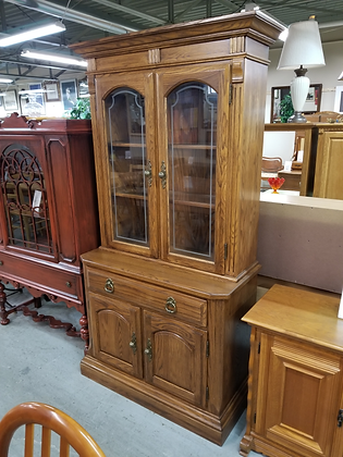 Single Drawer Lighted Glass Front Oak Wood China Cabinet