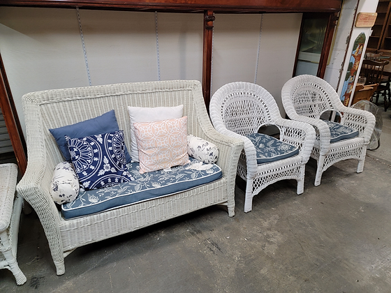White Wicker Sofa / Couch & Two Matching Chairs Set