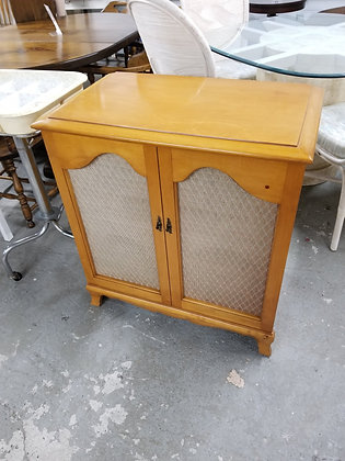 Flip Top Maple Wood Record Player Cabinet