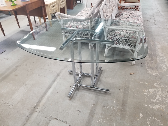 Glass Top Dining Table with Chrome / Silver Metal Base