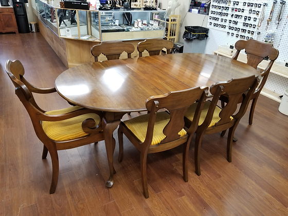 Pennsylvania House Wood Dining Table Set W/ Six Chairs & Two Leaves