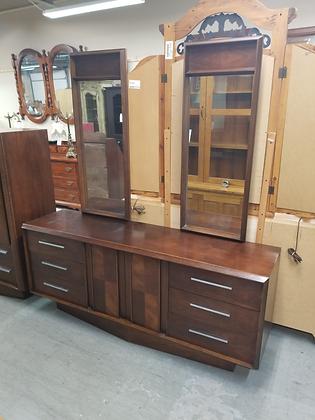 Lane Mid Century Mcm Nine Drawer Wide Wood Dresser w/ Twin Mirrors