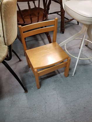 Small Light Wood Children'S Chair