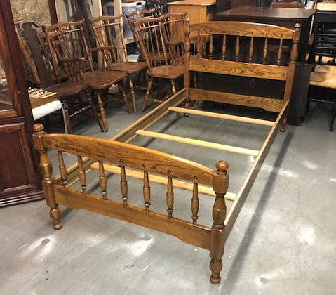 Twin Size Oak Wood Spindle Bed Frame (2 of 2)