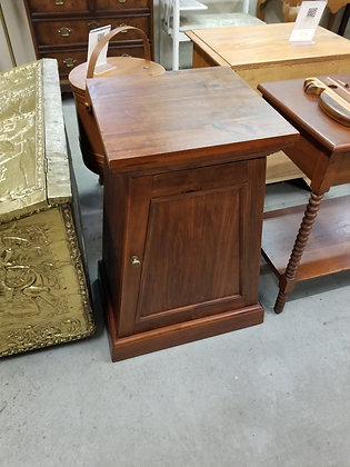 Single Door Pine Wood Accent Stand / End Table