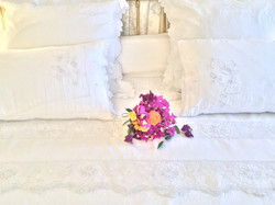 EMBROIDERED LINEN SHEETS