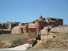 En Roussillon, le château de Salses