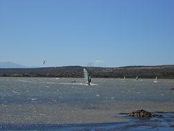 windsurf à la MINE étang   Leucate village