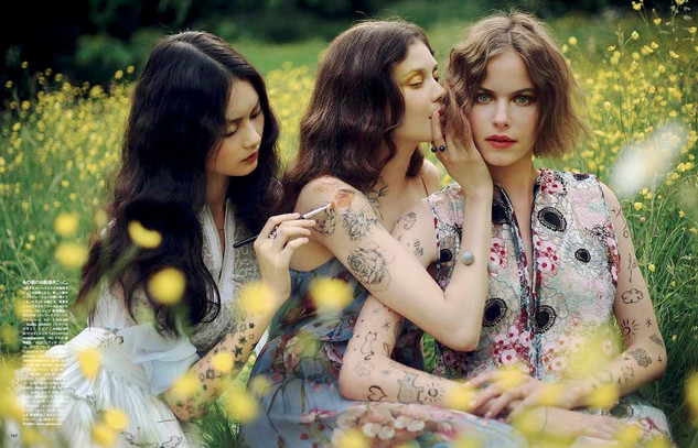 Vogue Japan - Alexandra Sophie