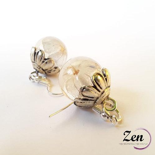 Pendientes con flores blancas