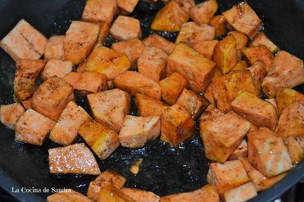 Fall Recipes-Turkey Stuffing-Relleno de Pavo-Recetas de Otoño-Batata Mameya