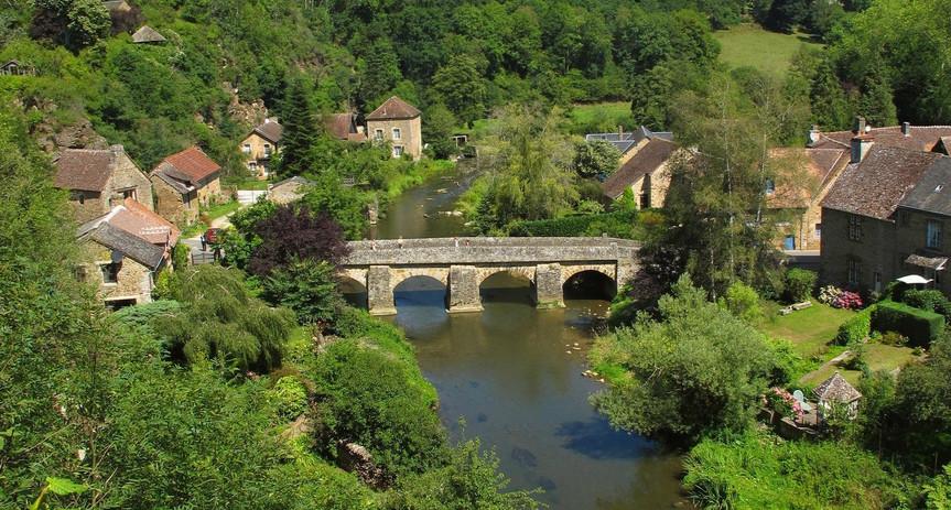 152527_1_saint-ceneri-le-gerei-alpes-man