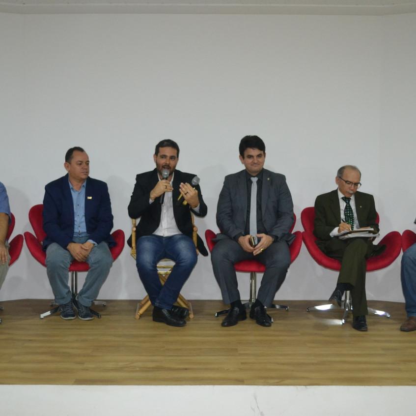 Seminário na Unicap
