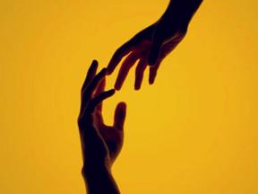 O Setembro Amarelo e a saúde mental de mulheres, crianças e adolescentes