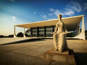 Teto de Gastos: entidades lançam apelo público e entregam documento ao STF
