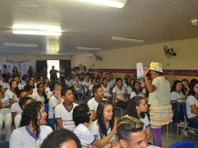 Escola Estadual em Nova Descoberta recebe ação da Campanha pelos Bons Tratos