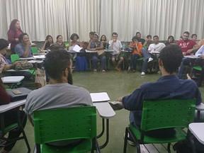 Roda de diálogo debateu a MP 759/2016 na UNICAP.