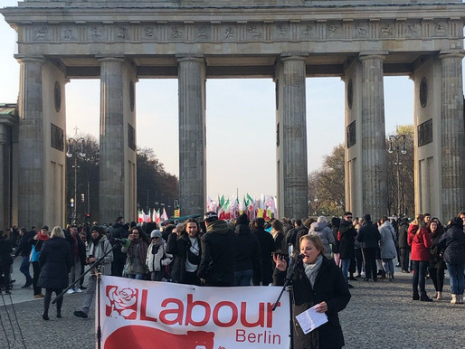 Photo Gallery: Rally, Register and #VoteLabour at Brandenburger Tor