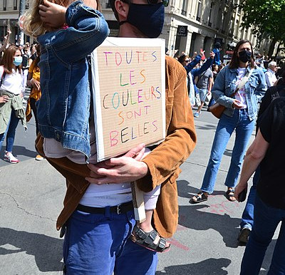 Racist offensive against Muslims in France