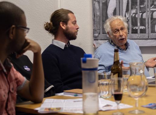 Photos: Berlin for Bernie Meeting