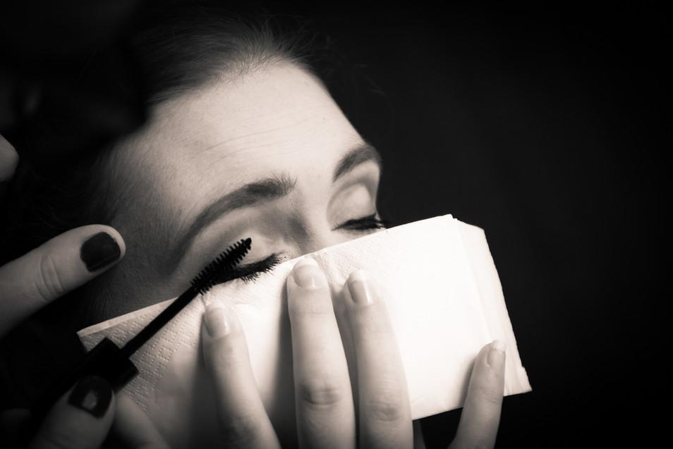 Photos_de_Mariages,les preparatifs,maquillage de spaupieres
