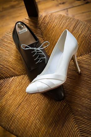 Photos_de_Mariages,lespreparatifs,les chaussures se melanges