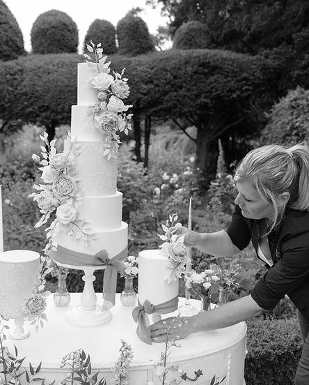 Wedding Cake, Award Winning, Bespoke Wedding Cake, Sugar Craft Flowers, Outdoor Shoot, Finishing Touches, Northanmptonshire