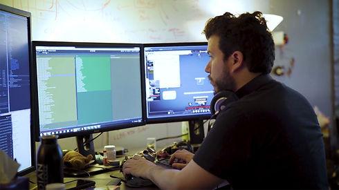 obsidian-employee-working-1270w.jpg