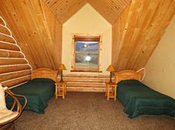 Beautiful Large Private Room & Bat