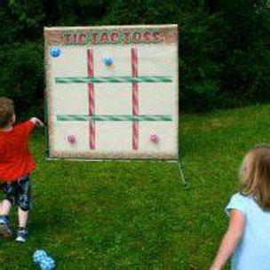 Tic-Tac-Toe Toss Frame Game