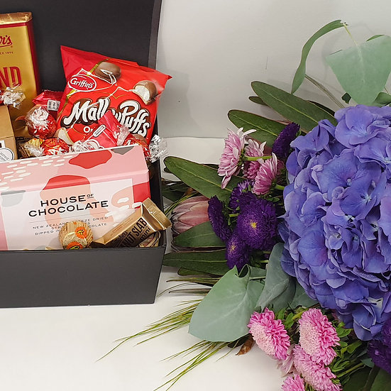 The Works Flowers n Sweets